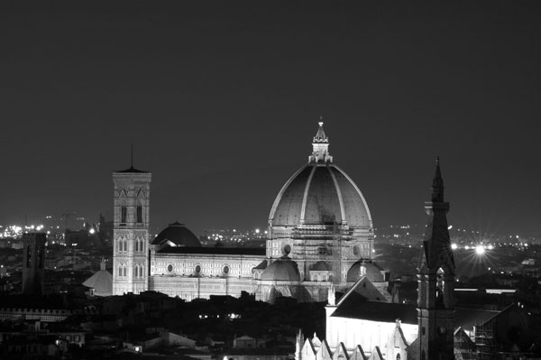 Santa Maria del Fiore florence at night
